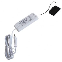 Convertisseur extra-plat 12V avec câble d'alimentation