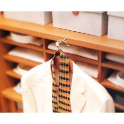 Tige porte manteaux rétractable avec cintre