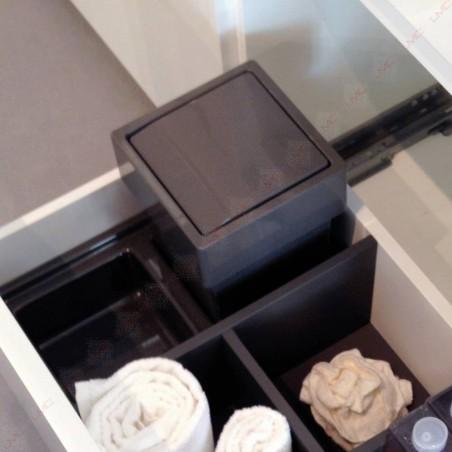 Poubelle pour tiroir de salle de bain