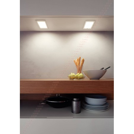 Spot LED rectangulaire en applique 12V