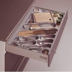 Range épices hêtre naturel dans le tiroir